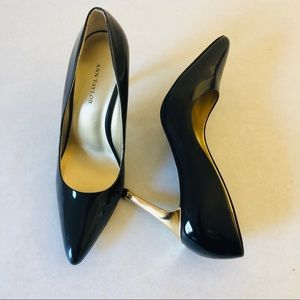 Ann Taylor black and gold heels